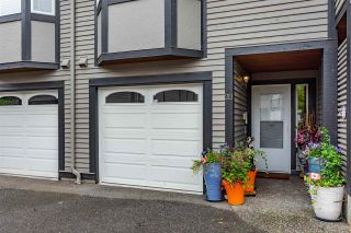 """Photo 2: 20 1828 LILAC Drive in White Rock: King George Corridor Townhouse for sale in """"Lilac Green"""" (South Surrey White Rock)  : MLS®# R2464262"""