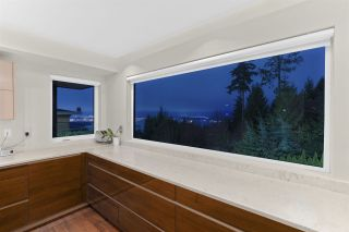 Photo 13: 1474 BRAMWELL Road in West Vancouver: Chartwell House for sale : MLS®# R2603893