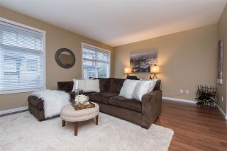 """Photo 7: 55 6123 138 Street in Surrey: Sullivan Station Townhouse for sale in """"PANORAMA WOODS"""" : MLS®# R2430750"""