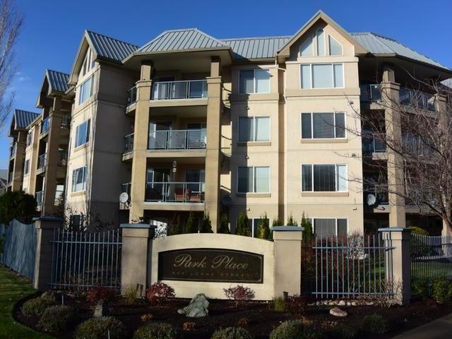 Main Photo: 203 950 LORNE STREET in : South Kamloops Apartment Unit for sale (Kamloops)  : MLS®# 137729