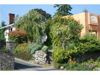 Photo 15: 8041 12TH AV in Burnaby: East Burnaby House for sale (Burnaby East)  : MLS®# V1101813