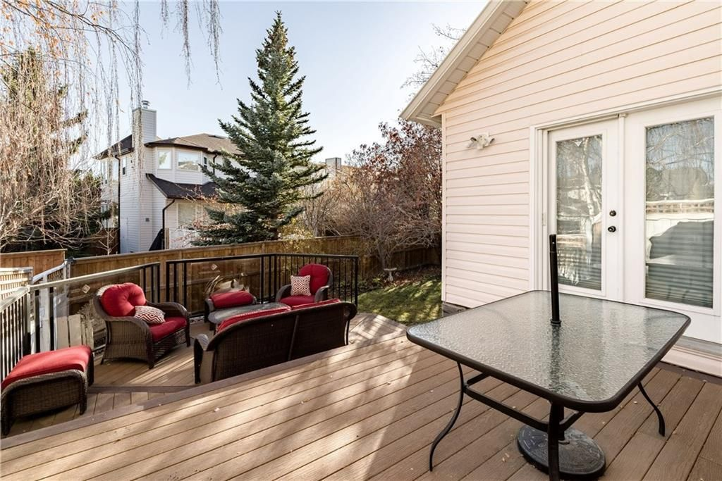 Photo 14: Photos: 248 WOOD VALLEY Bay SW in Calgary: Woodbine Detached for sale : MLS®# C4211183