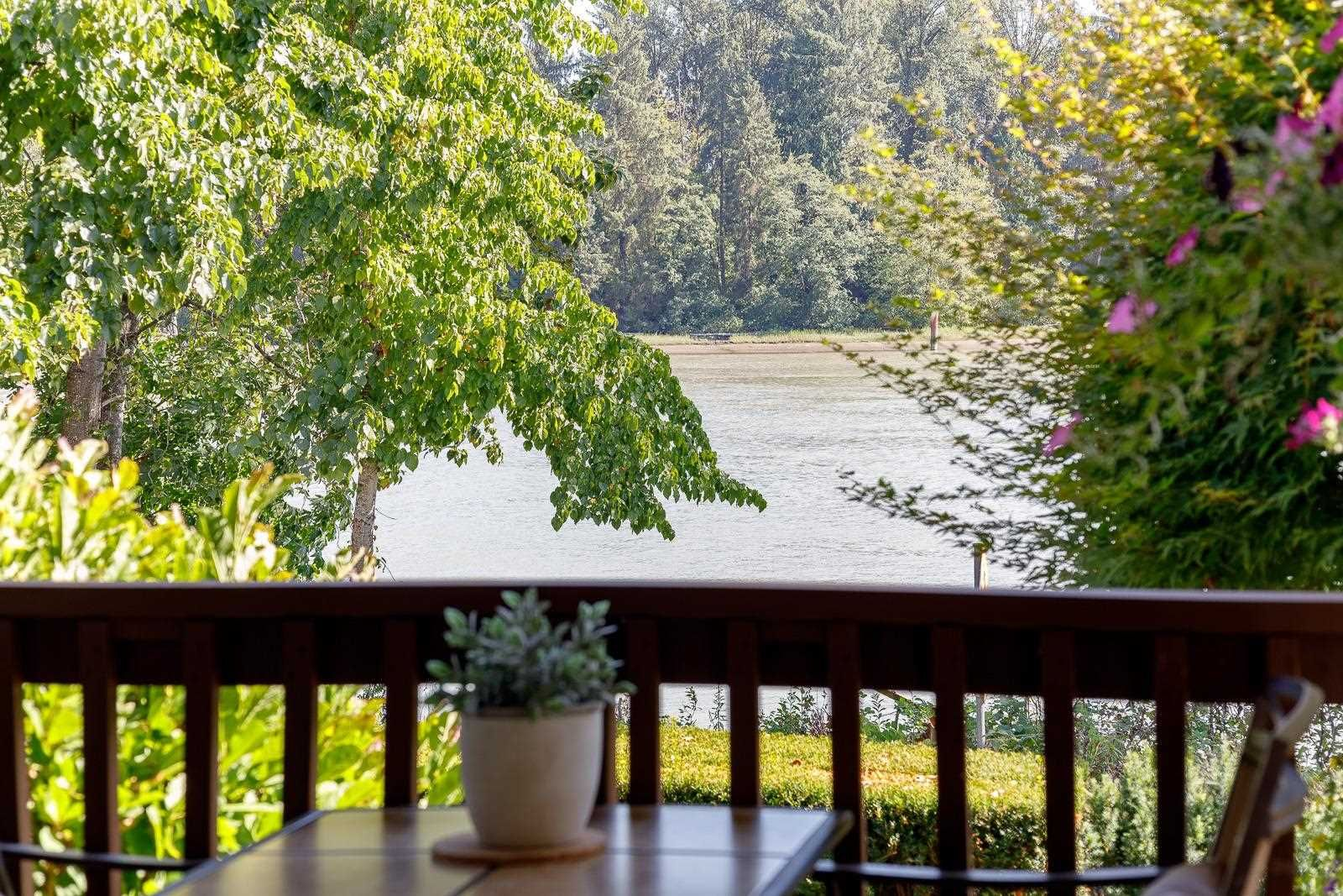 """Main Photo: 19 2387 ARGUE Street in Port Coquitlam: Citadel PQ Townhouse for sale in """"THE WATERFRONT"""" : MLS®# R2606172"""