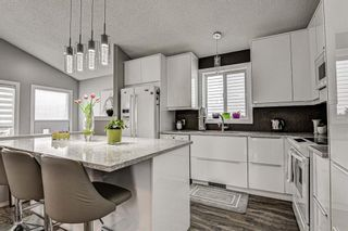 Photo 7: 31 River Rock Circle SE in Calgary: Riverbend Detached for sale : MLS®# A1089963