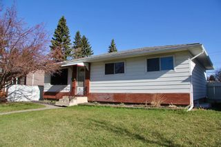 Photo 1: 624 97 Avenue SE in Calgary: Acadia Detached for sale : MLS®# A1096697