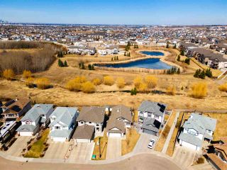 Photo 2: 2310 33A Avenue in Edmonton: Zone 30 House for sale : MLS®# E4238867