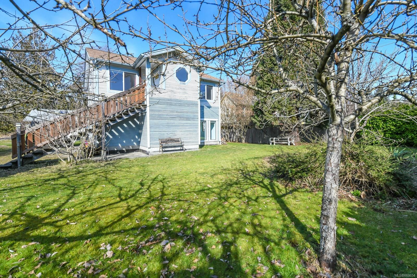 Photo 31: Photos: 4712 Cumberland Rd in : CV Cumberland House for sale (Comox Valley)  : MLS®# 869654