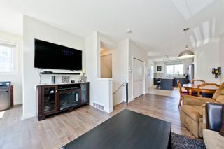 Photo 7: 547 SHERWOOD Boulevard NW in Calgary: Sherwood Row/Townhouse for sale : MLS®# A1018882