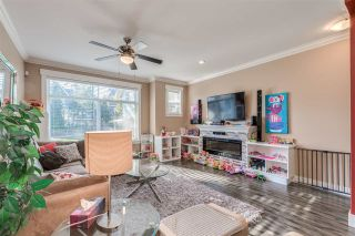 """Photo 3: 10 5957 152 Street in Surrey: Sullivan Station Townhouse for sale in """"PANORAMA STATION"""" : MLS®# R2423282"""