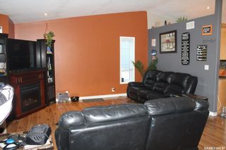 Photo 3: 209 5th Avenue East in Lampman: Residential for sale : MLS®# SK831260