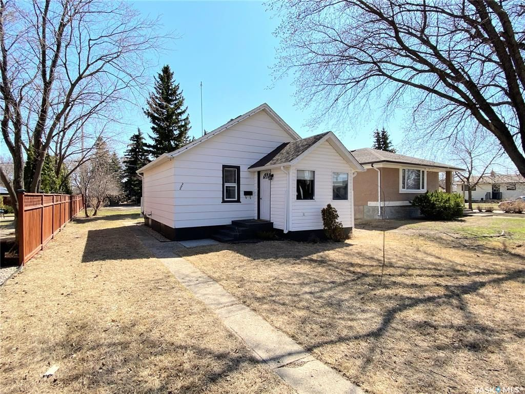 Main Photo: 202 Lincoln Street in Davidson: Residential for sale : MLS®# SK851293