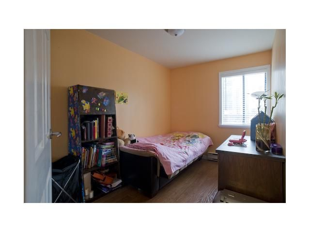 """Photo 7: Photos: 301 9890 MANCHESTER Drive in Burnaby: Cariboo Condo for sale in """"BROOKSIDE COURT"""" (Burnaby North)  : MLS®# V864730"""
