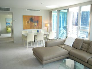 Photo 5: 1404 499 BROUGHTON STREET in DENIA @ Waterfront Place: Home for sale