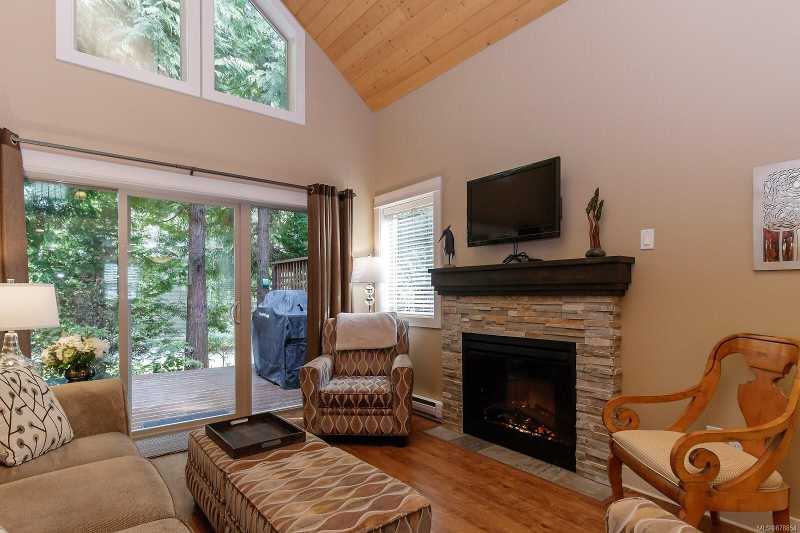 Photo 8: Photos: 223 1130 Resort Dr in : PQ Parksville Row/Townhouse for sale (Parksville/Qualicum)  : MLS®# 878854