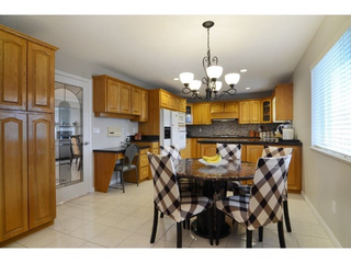 Photo 3: 4036 Pandora Street in Vancouver: Z9 All Out of Board Listings Home for sale (Zone 9 - Other Boards)  : MLS®# R2151922