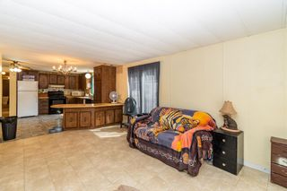 """Photo 5: 20 52604 YALE Road in Rosedale: Rosedale Popkum House for sale in """"MOUNT CHEAM MOBILE HOME PARK"""" : MLS®# R2604762"""