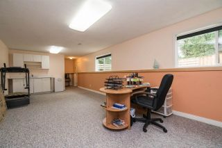"Photo 18: 33232 PLAXTON Crescent in Abbotsford: Central Abbotsford House for sale in ""Mill Lake area"" : MLS®# R2156043"
