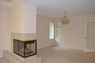 Photo 4: 135xx 14A Avenue in Surrey: Crescent Bch Ocean Pk. House for rent