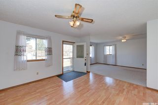 Photo 7: 245 5th Avenue North in Martensville: Residential for sale : MLS®# SK850828