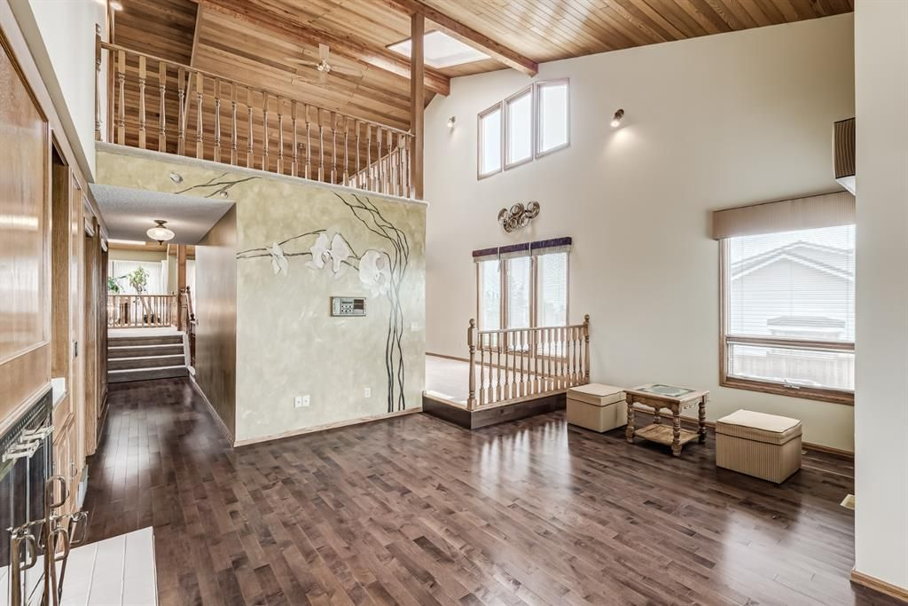Photo 16: Photos: 156 Edgehill Close NW in Calgary: Edgemont Detached for sale : MLS®# A1127725
