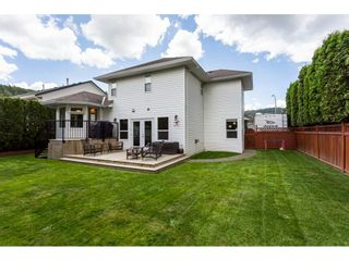 """Photo 18: 35443 LETHBRIDGE Drive in Abbotsford: Abbotsford East House for sale in """"Sandyhill"""" : MLS®# R2378218"""