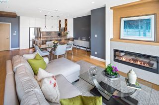 Photo 3: 204 1969 Oak Bay Ave in VICTORIA: Vi Fairfield East Condo for sale (Victoria)  : MLS®# 791060