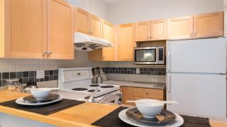 Photo 11: 215 1675 W 10TH AVENUE in Vancouver: Fairview VW Condo for sale (Vancouver West)  : MLS®# R2281835