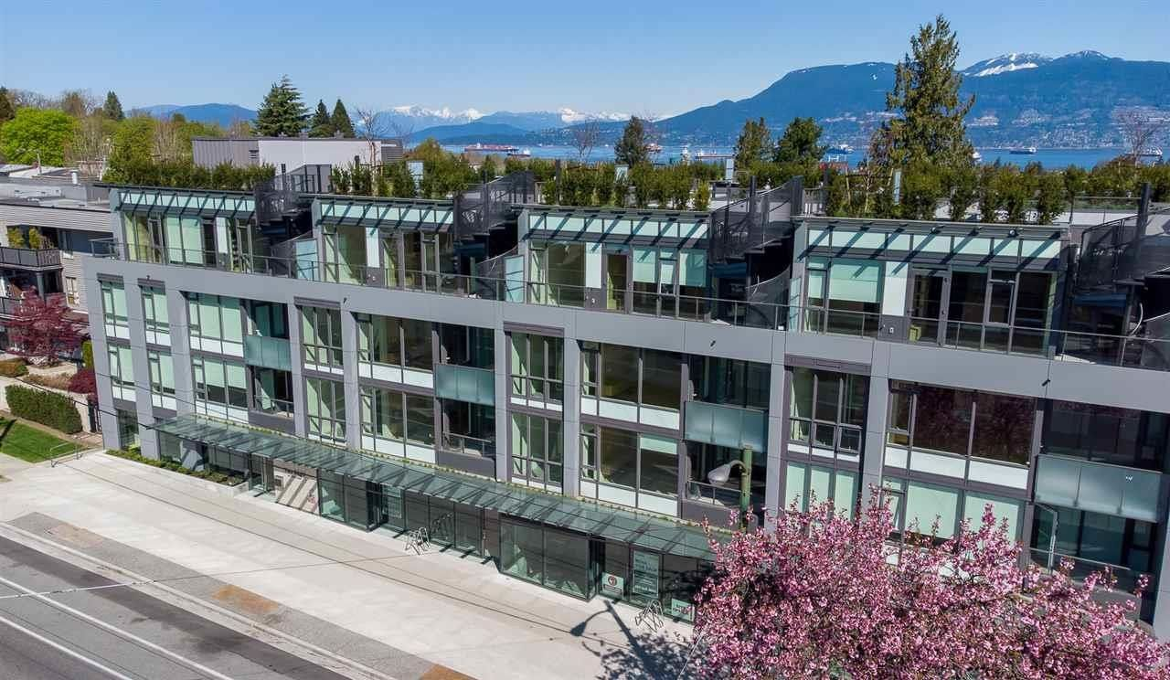"""Main Photo: 210 3639 W 16TH Avenue in Vancouver: Point Grey Condo for sale in """"THE GREY"""" (Vancouver West)  : MLS®# R2619397"""