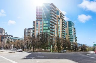 Main Photo: 902 801 2 Avenue SW in Calgary: Eau Claire Apartment for sale : MLS®# A1099879