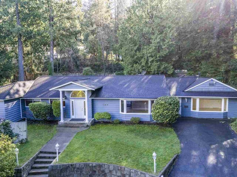 FEATURED LISTING: 5488 GREENLEAF Road West Vancouver