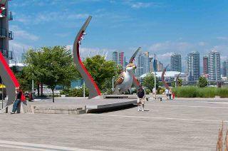 """Photo 37: 193 WALTER HARDWICK Avenue in Vancouver: False Creek Condo for sale in """"BRIDGE"""" (Vancouver West)  : MLS®# R2512536"""