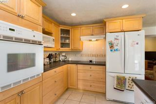 Photo 15: 1108 McBriar Ave in VICTORIA: SE Lake Hill House for sale (Saanich East)  : MLS®# 780264