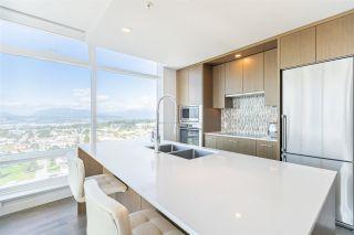 Photo 2: 2510 13495 CENTRAL AVENUE in Surrey: Whalley Condo for sale (North Surrey)  : MLS®# R2501076