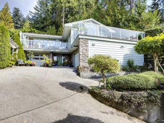 Main Photo: 4442 PROSPECT Road in North Vancouver: Upper Delbrook House for sale : MLS®# R2626983