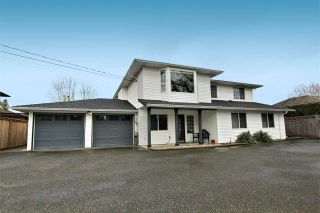 Photo 1: 12236 MCMYN AVENUE in Pitt Meadows: Mid Meadows House for sale : MLS®# R2253443