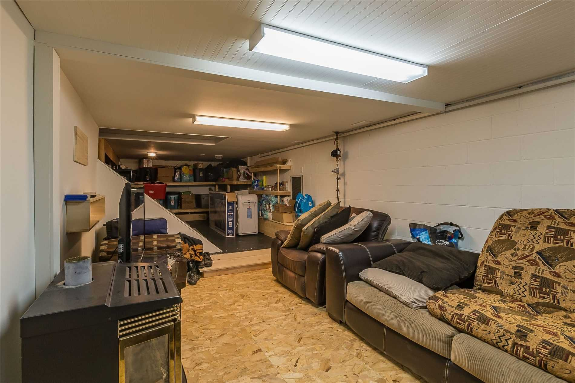 Photo 11: Photos: 5 Waubuno Road in Parry Sound: House (2-Storey) for sale : MLS®# X4488183