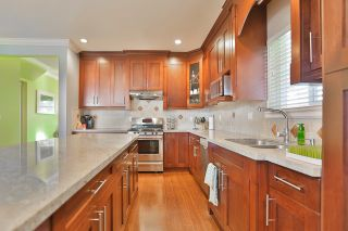 Photo 5: 5951 128A Street in Surrey: Panorama Ridge House for sale : MLS®# R2017922