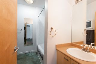 """Photo 13: 217 428 W 8TH Avenue in Vancouver: Mount Pleasant VW Condo for sale in """"XL"""" (Vancouver West)  : MLS®# R2366926"""