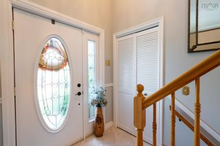 Photo 2: 45 Ascot Way in Lower Sackville: 25-Sackville Residential for sale (Halifax-Dartmouth)  : MLS®# 202123084