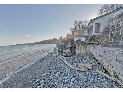 Main Photo: 5011 Cordova Bay Rd in VICTORIA: SE Cordova Bay House for sale (Saanich East)  : MLS®# 748762