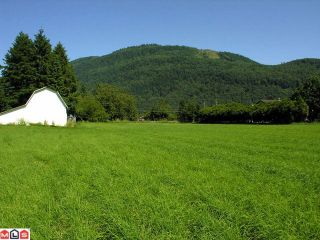 """Photo 2: 651 ARNOLD Road in Abbotsford: Sumas Prairie House for sale in """"ARNOLD"""""""