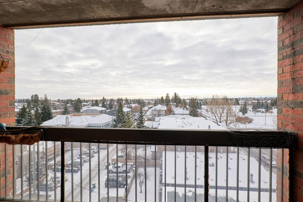 Main Photo: 703 2909 17 Avenue SW in Calgary: Killarney/Glengarry Apartment for sale : MLS®# A1089476