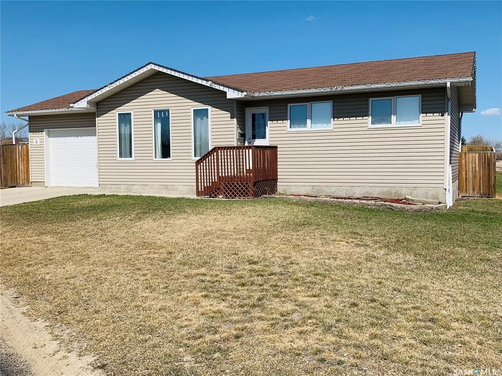 Main Photo: 8 Willow Place in Hepburn: Residential for sale : MLS®# SK855912