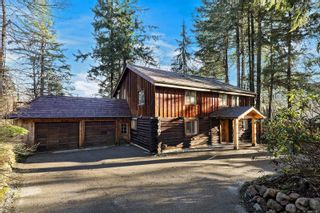 Photo 1: 6360 Treherne Rd in : CV Courtenay North House for sale (Comox Valley)  : MLS®# 863347