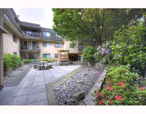 """Main Photo: 504 466 E EIGHTH Avenue in New_Westminster: Sapperton Condo for sale in """"PARK VILLA"""" (New Westminster)  : MLS®# V756199"""