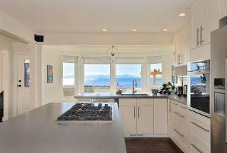 Photo 4: 1774 OCEAN BEACH ESPLANADE in Gibsons: Gibsons & Area House for sale (Sunshine Coast)  : MLS®# R2261367