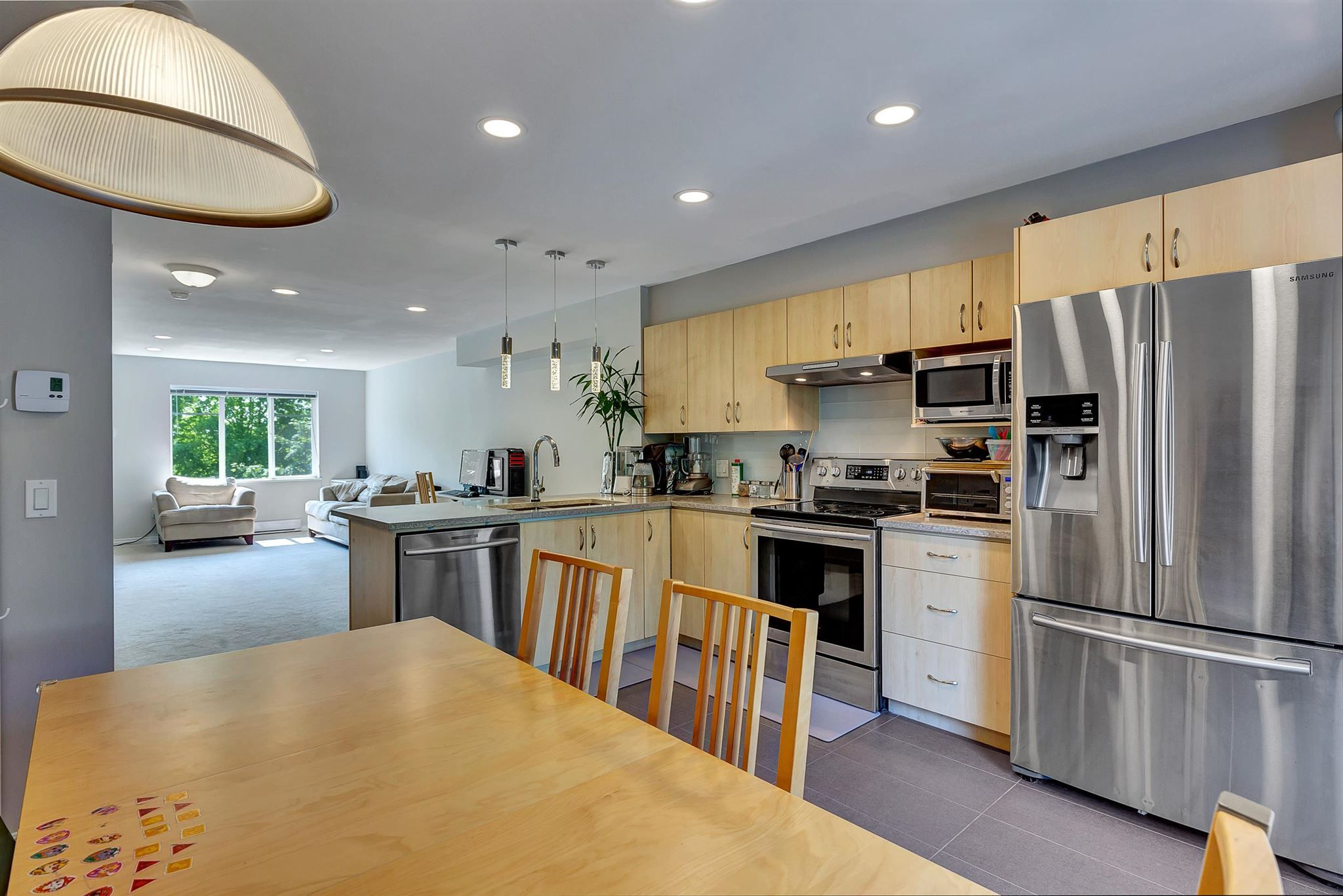 """Photo 15: Photos: 9 15871 85 Avenue in Surrey: Fleetwood Tynehead Townhouse for sale in """"Huckleberry"""" : MLS®# R2606668"""