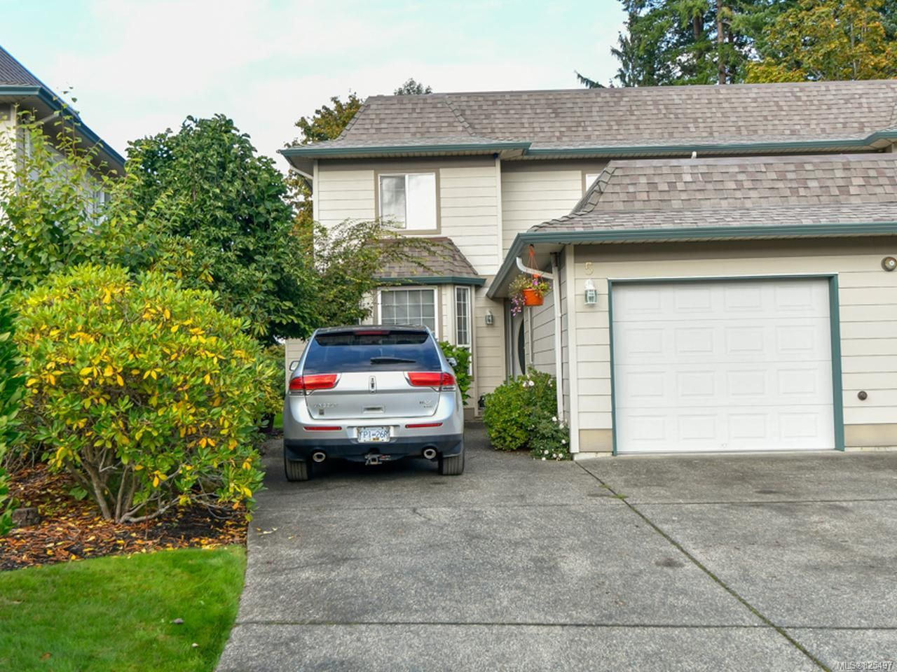 Main Photo: 5 391 ERICKSON ROAD in CAMPBELL RIVER: CR Willow Point Row/Townhouse for sale (Campbell River)  : MLS®# 825497