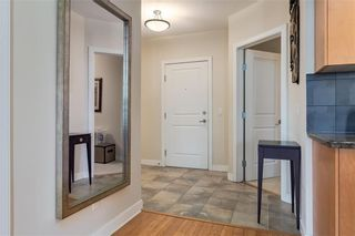 Photo 2: 410 328 21 Avenue SW in Calgary: Mission Apartment for sale : MLS®# C4246174