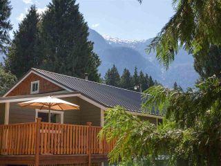 Photo 14: 14848 SQUAMISH VALLEY ROAD in Squamish: Upper Squamish House for sale : MLS®# R2193878
